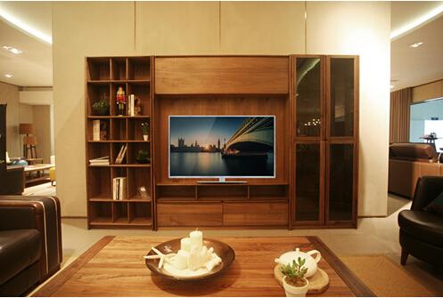 实木名品-产量稀少的上等黑胡桃木作为沙发原材料