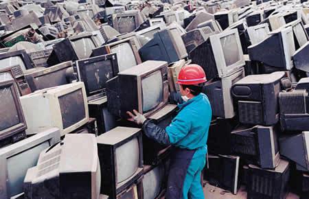 废弃电器电子产品回收:光有补贴还不够