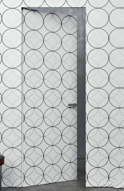 卫生间隐形门图片:欧式