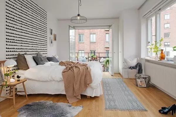 黑+白+原木色 北欧风格注重流畅的线条设计
