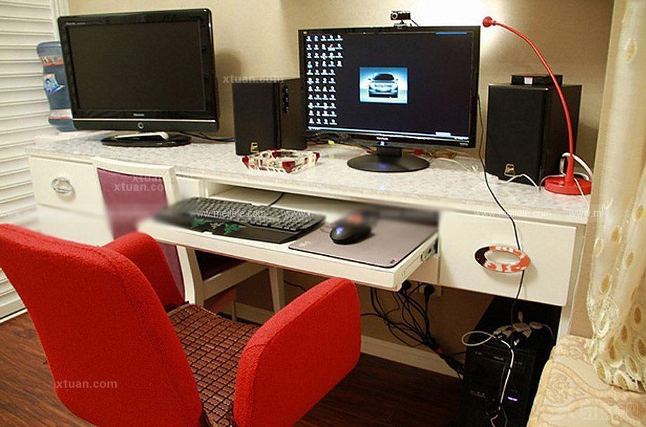 小户型书房客厅迷你电脑桌设计搭配